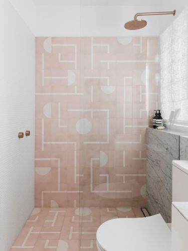 PINK BATHROOM TILES: HOT OR NOT?