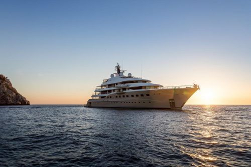 Customise your very own bespoke yacht to cross the ocean in luxury and style