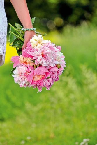 The Canterbury couple who swapped sheep for peony power
