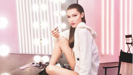 Watch Bella Hadid and a Crew of Models Get Adorably Excited About Lipstick