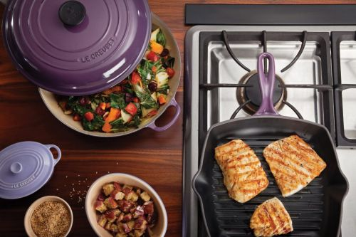 Le Creuset Just Re-Released Cassis, But Only For A Limited Time
