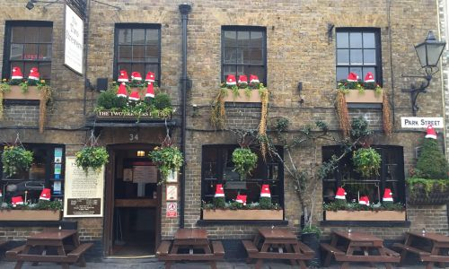 10 cosy British pubs, from horse carriage inns to seaside escapes