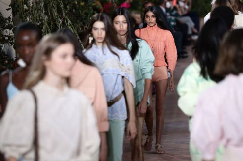 Watch the Alberta Ferretti Runway Show Live