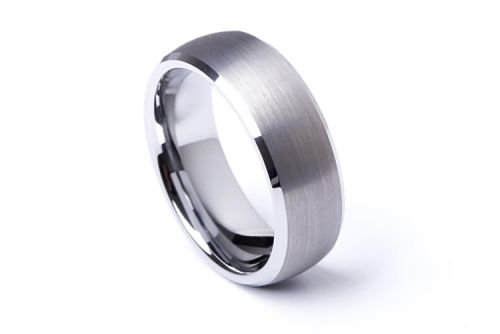4 Tips to Choose a Wedding Band Ring