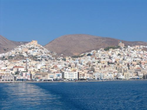 Discover the History, Beaches, and Magic of Siros, Greece