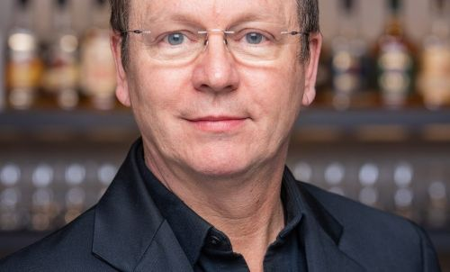 Whiskey tales: An Interview with Simon Brooking, International whiskey expert