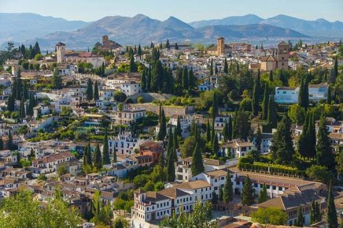 Gorgeous Granada - The Alluring Spanish City That Has It All