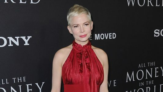 Michelle Williams, Once Again, Proves Quite Adept At Wearing Louis Vuitton