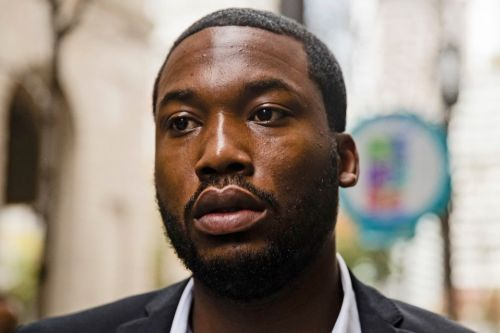 Meek Mill to be released from prison after Pennsylvania Supreme Court orders that he be granted bail