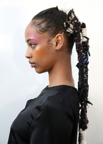 The Runway Has Spoken and 2020 Natural Hair Trends Are Seriously Stunning