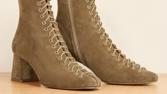 The Lace-Up Beige Boots That Dara Is Basing Her Entire Fall Wardrobe Around