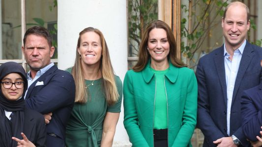 Kate Goes For Bright Green In An Erdem Coat With Prince William At Kew Gardens