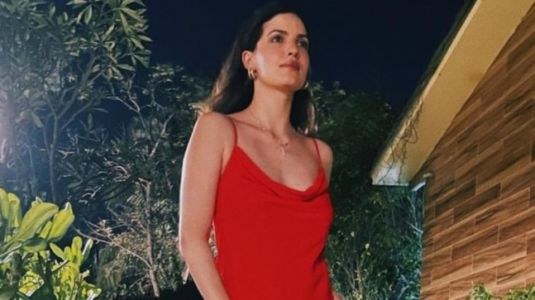 Natasa Stankovic in Rs 2k red satin strap dress gets the summer date-night look right