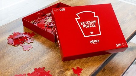 Heinz Ketchup Ridiculously Slow, All-Red Puzzle to Pass the Time