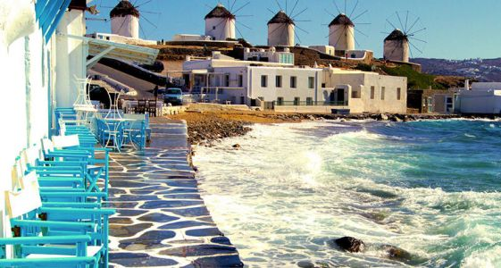 6 Reasons to Put Mykonos, Greece, on Your Travel List