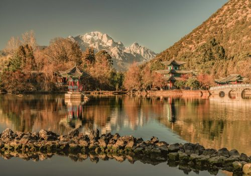 Why you should plan a trip to Lijiang, China's southwestern city that's frozen in time