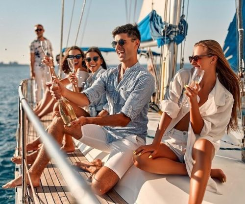 Enjoy an 'Ultimate Lifestyle' With a Superb Yacht Management Team