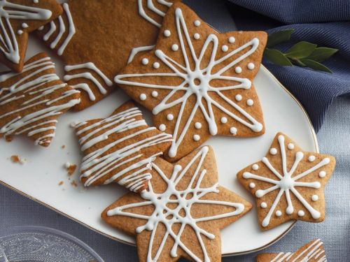 12 Perfect Holiday Gingerbread Cookie Recipes