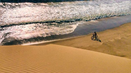 Diamonds in the Sand: Expedition Along Namibia's Skeleton Coast