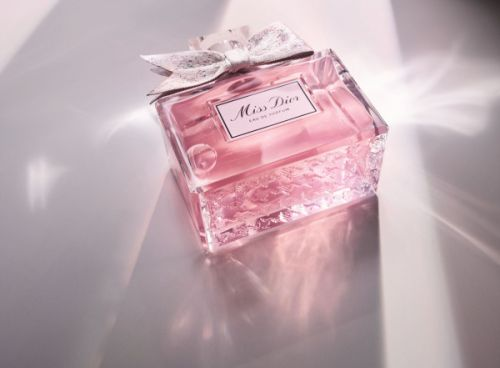 Discover the new Miss Dior fragrance, scent and film starring Natalie Portman