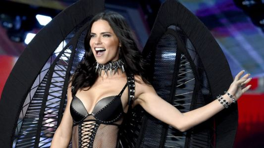 The Most Jaw-Dropping Looks From The 2017 Victoria's Secret Fashion Show