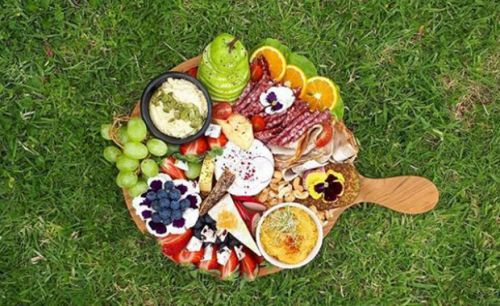 15+ tips to creating the perfect grazing platter at your next party