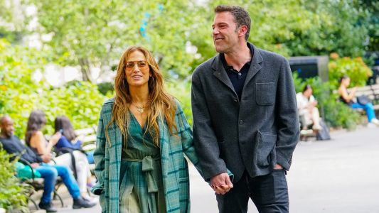 3 Delightful Photos Of Jennifer Lopez And Ben Affleck's PDA-Filled NYC Weekend