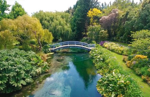 Be in to win a glorious weekend at Rapaura Springs Garden Marlborough, valued at $1600