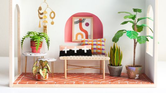 4 Soothing Miniature Artists To Follow-And Get Design Inspo From-Now