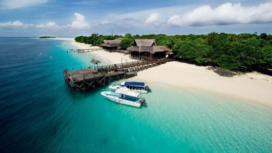 5 private islands around Malaysia for your next beach getaway