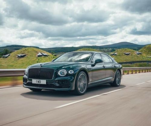 Hybrid and Electric Luxury Car Sales Are On the Rise