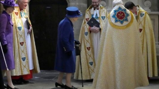 UK's Queen Elizabeth seen using walking stick for the first time in more than a decade at public event