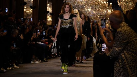Nicolas Ghesquière Turns Back the Clock For Louis Vuitton's Spring 2022 Collection