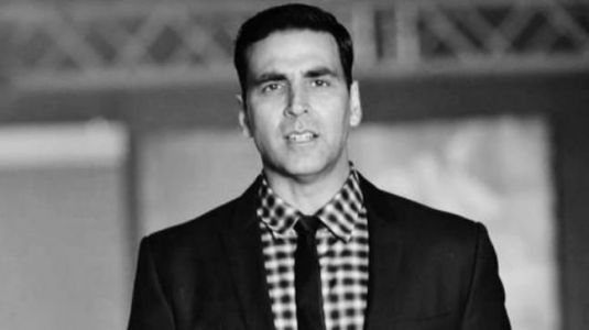 Watch: Akshay Kumar is using wooden beads to get fitter and we can't stop staring