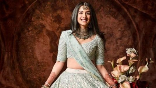 Anant Ambani's girlfriend Radhika Merchant is gorgeous in unseen pics from Isha's wedding