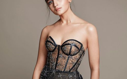 Best Dressed: From Alia to Deepika, stars who stole the show at Filmfare Awards 2019