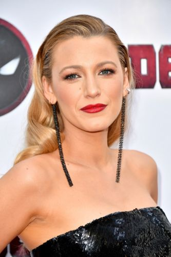 Blake Lively's New Dark-Blonde Hair Is the Perfect Early-Fall Color