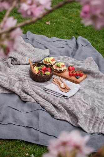 18 fuss-free recipes to make for a spring picnic