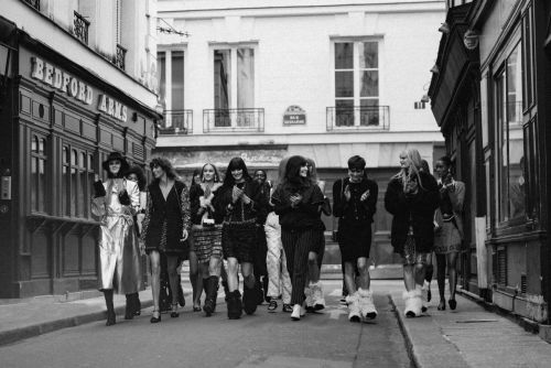 Virginie Viard Attempts to Mix Skiwear With Parisian Chic for Chanel Fall 2021