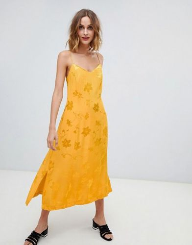 37 Ways to Shop Marigold Yellow, 2019's Favorite Color