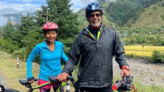 Milind Soman applauds Ankita Konwar for completing her longest cycle ride in new post from Kashmir